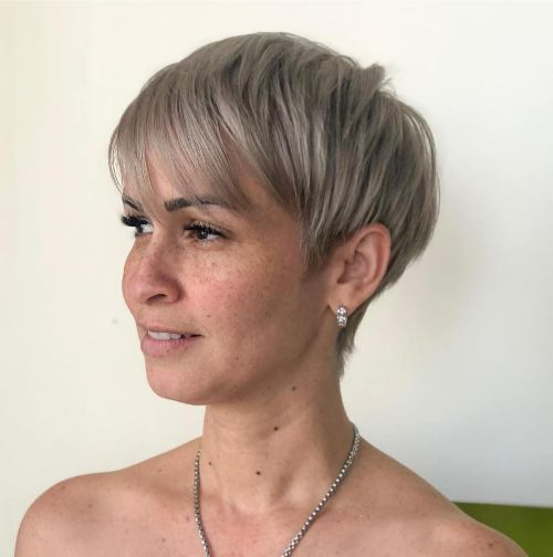 latest pixie haircut styles for oval faces